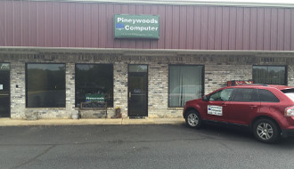 Pineywoods Computer Store Front
